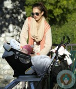 Jessica Alba with daughter Haven at Coldwater Creek Park