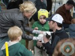 Julie Bowen with twins John and Gus Phillips at the petting zoo