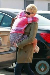 Michelle Williams with daughter Matilda out in LA