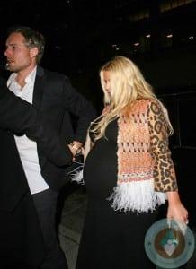 Pregnant Jessica Simpson and Eric Johnson at Mr
