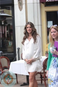 Pregnant model Alessandra Ambrosio Promotes Philips Satin Perfect