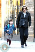 pregnant Maggie Gyllenhaal and daughter Ramona