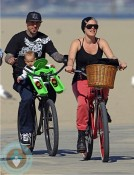 singer pink and husband Carey Hart with daughter Willow