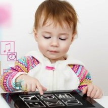 Parents and Experts Express Concern Over Infant Use of iPads