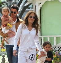 Jennifer Lopez Visits The Bunny Hut At The Grove With Max & Emme!