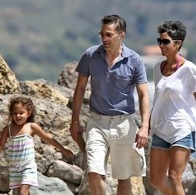 Halle Berry and Olivier Martinez Play At The Beach With Nahla!