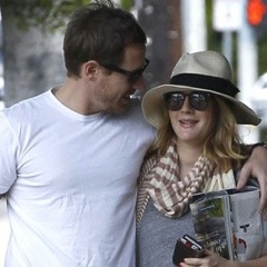Pregnant Drew Barrymore And Will Kopelman Shop In Los Feliz