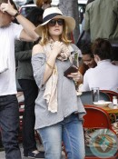 Pregnant Drew Barrymore out in LA