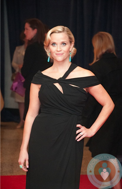 Pregnant Reese Witherspoon @ the Whitehouse 2012