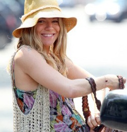 Sienna Miller Is A Fit Mom-to-be!