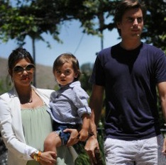 Family Day! Kourtney Kardashian and Scott Disick Take Mason To The Park