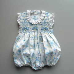Coquito – Sweet hand-smocked dresses for little girls!