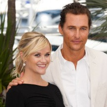 Reese Witherspoon Is Beautiful In Black In Cannes!