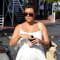 Kourtney Kardashian Shops For Baby in LA