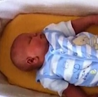 UK Couple Welcomes Bouncing 13lb 5.5oz Baby Boy!