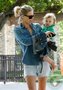 Ali Larter, Theodore Hayes, Coldwater Canyon park