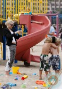 Gwen Stefani, kingston rossdale, beach marina del ray
