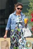 Pregnant Vanessa Lachey Minnillo in LA