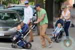 Will Arnett, Amy Poehler, Archie Arnett, Able Arnett, NYC