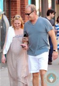 pregnant Kayte Walsh, Kelsey Grammer in NYC