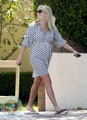 pregnant Reese Witherspoon, May 2012 LA
