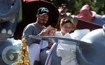 David Beckham, Harper Beckham, Brooklyn Beckham at Disneyland