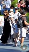 David Beckham, Victoria Beckham, Harper Beckham Disneyland