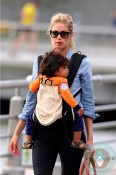 Doutzen Kroes, son Phyllon Joy Gorre, playground in NYC
