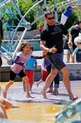 Hugh Jackman, Ava Jackman Splash Pad