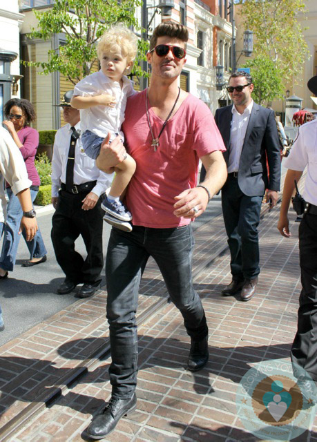 Robin Thicke, Julian Thicke, The Grove LA - Growing Your Baby