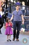 Tom Cruise daughter Suri Disneyland