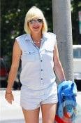 pregnant Anna Faris out in LA 2
