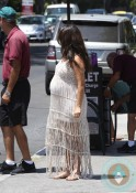 pregnant Kourtney Kardashian out with her sisters LA