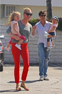 Rebecca romijn, Jerry O'connell with twins Charlie and Dolly