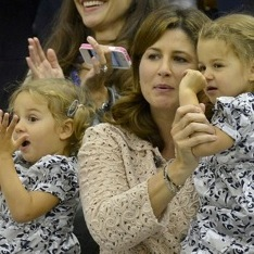 Myla and Charlene Federer Cheer For Their Dad At Wimbledon!