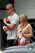 Chris Hemsworth, India Hemsworth, Elsa Pataky in Santa Monica