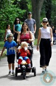 Gwen Stefani, Kingston Rossdale, zuma rossdale at central park amusement park copy