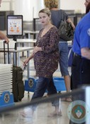 Pregnant Reese Witherspoon at LAX