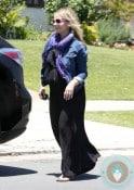 Pregnant Sarah  Michelle Gellar out in LA