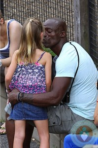 Seal Samuel with daughter Leni park NYC