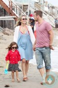 cam gigandet, Dominique Geisendorff and daughter Everleigh Ray Gigandet