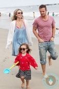 cam gigandet, Dominique Geisendorff, daughter Everleigh Ray Gigandet beach Malibu