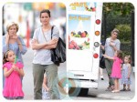 Amanda Peet at the ice cream truck with her daughter Molly And Francis Benioff