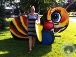 Lisa Arneill Fisher-Price queen buzzing bee