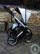 Mutsy Evo Stroller facing you - upright
