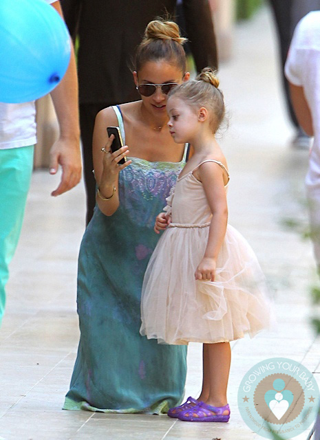 Nicole Richie and Harlow Madden at a birthday party LA - Growing Your Baby