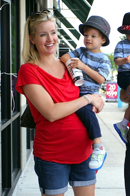 Pregnant Brittany Brees With Son Bowen In New Orleans