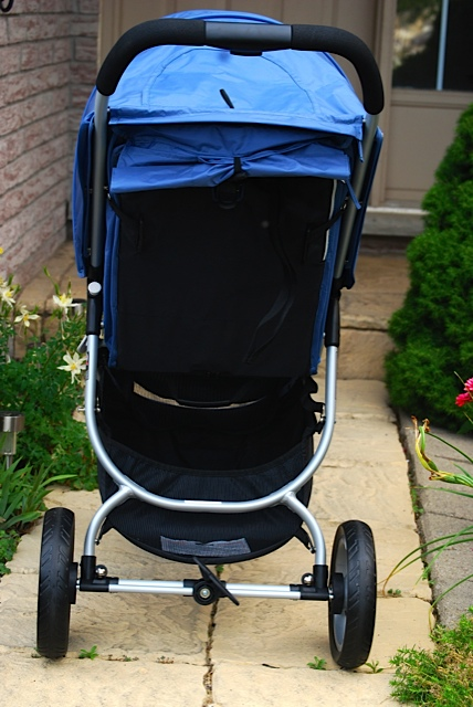 Featured Review ~ The Valco Snap Stroller
