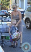 Amy Poehler out with son Archie