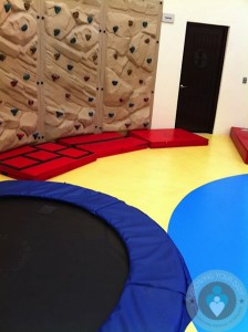 Azul Sensatori - kids club climbing wall
